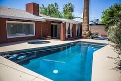 Charming+Vegas+Escape%21+Pool%2C+BBQ%2C+Great+Location%21