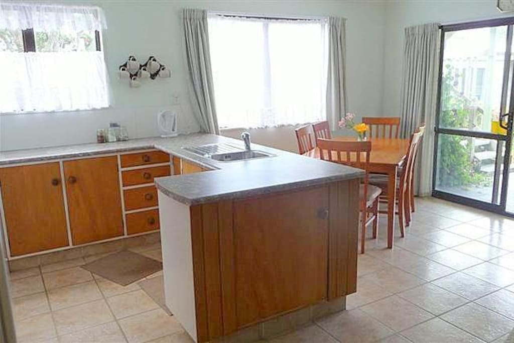 Kitche & Dinning Room