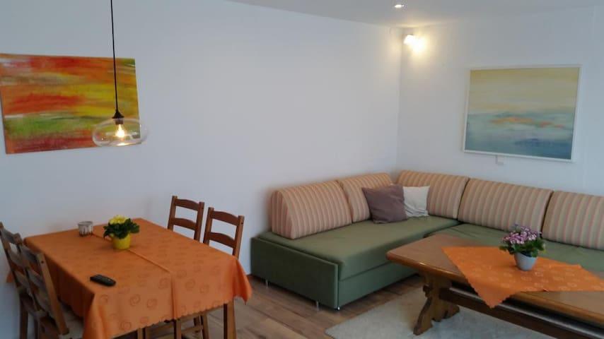 """Pension Kaiserhaus, (Ühlingen-Birkendorf), 2-Zimmer-Wohnung """"Silberdistel"""", 75qm, 1 Schlafzimmer, max. 5 Personen"""
