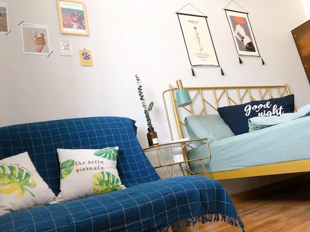 卧室(沙发一角)