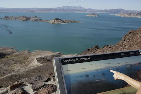 Lake Mead w/Grand Wash Cliff views in Meadview, AZ