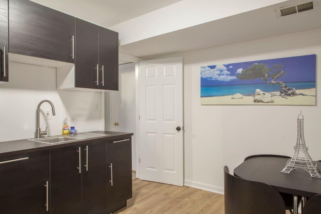 m blierte luxus wohnung in reston va f r 1 3 wohnungen zur miete in reston virginia. Black Bedroom Furniture Sets. Home Design Ideas