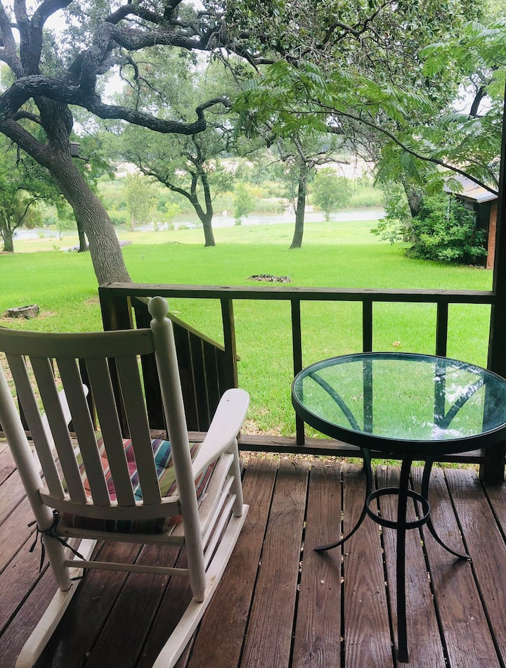 Llano Riverfront Getaway Property Near Castell