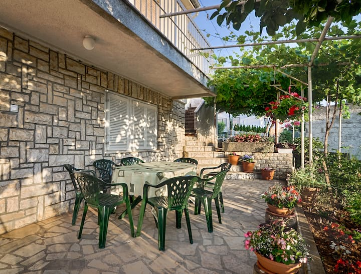 Apartment Tesic II