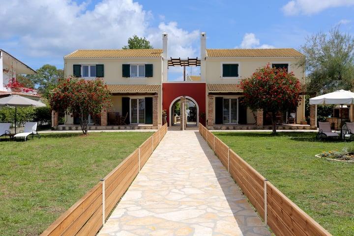 Home ''George-Rania'' - Idyllic beach house