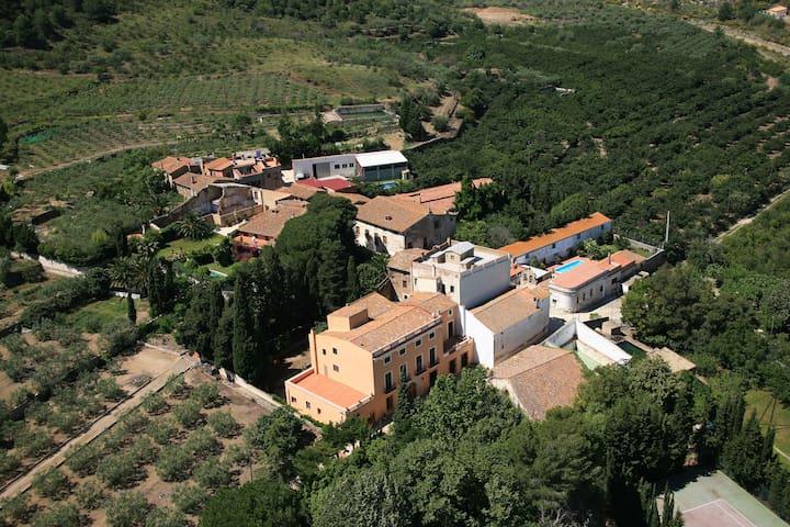 Beautiful refurbished XVII century Villa