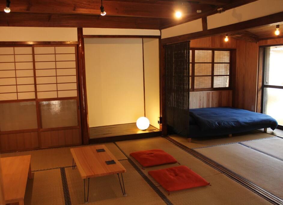 リビング & ベッドルーム 合わせて12畳 / Living & Bedroom