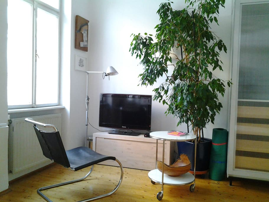 Zimmer 2 option with twv (120 chanels)