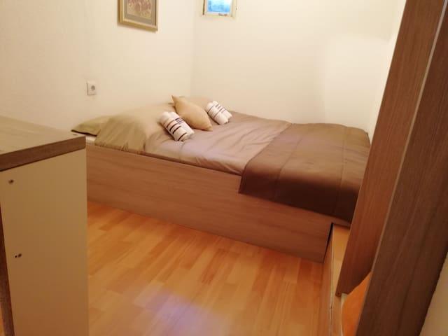 Guesthouse Unique - Double bedroom