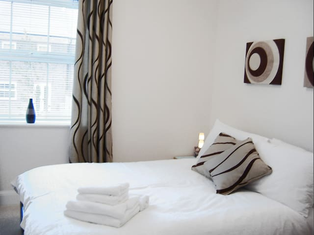 Newbury South B, Serviced Apartments,  Free Wi-Fi - Newbury - Lejlighed
