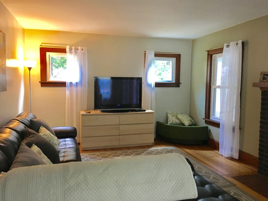 Cozy Homebase Apartments For Rent In Kent Ohio United States