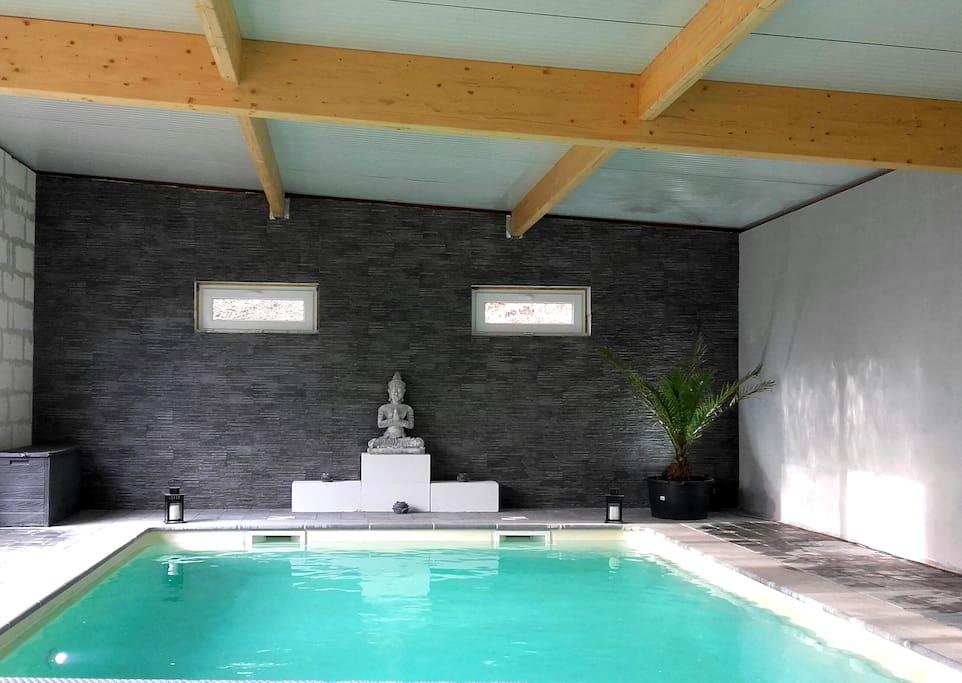 Chambre d h tes avec piscine int rieure maison d 39 h tes for Chambre d hotes piscine