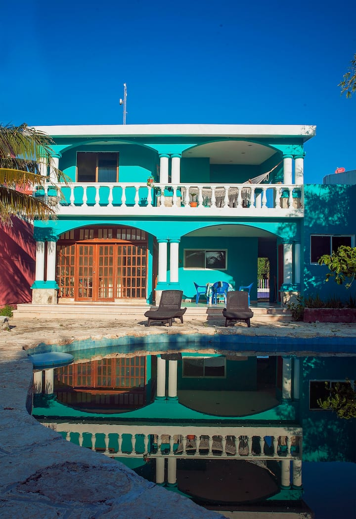 Private Home with a Pool, Near the Beach & Plaza