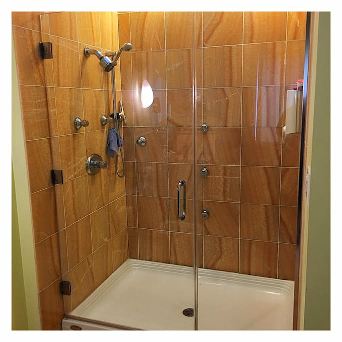 Multi-purpose shower with great pressure. Soap is also provided.