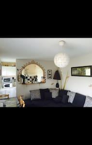 Maisonnette saumur situé dans résidence au calme - Vivy