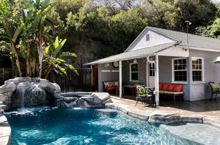 Cozy Guest House with Pool