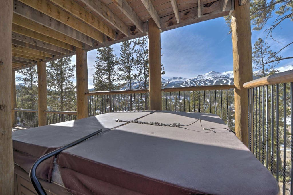 Private Hot Tub on the lower balcony...off the Bedrooms on Lower/Entrance Level