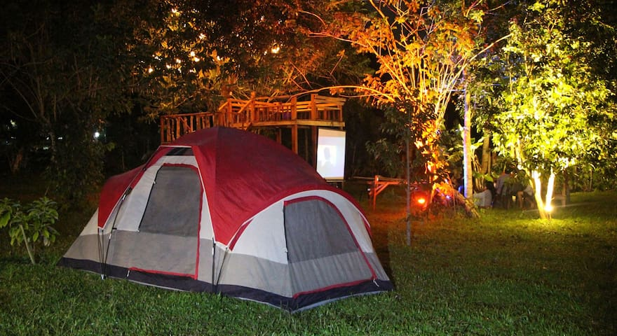 NEW! Tagaytay Family Camping with Room, CR & Tent - Silang - Domek gościnny