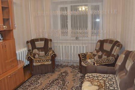 2 просторные комнаты в 3-х комнатной квартире. - Velikiy Ustyug - Apartamento