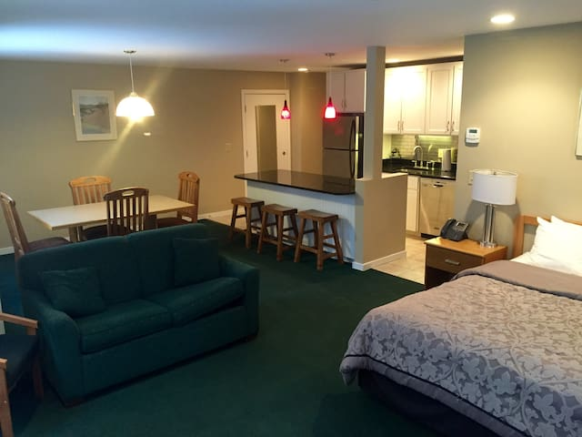 Newly Renovated 2BR Condo Close to Mtn! - Killington