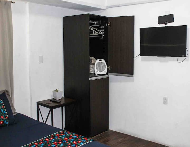 """Habitacion Privada Aeropuerto / Private Room  """"0"""""""