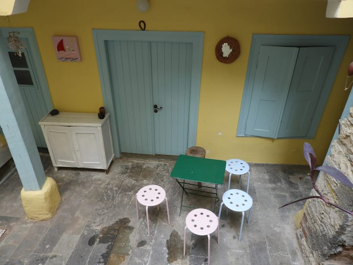 apartment in Piraeus center