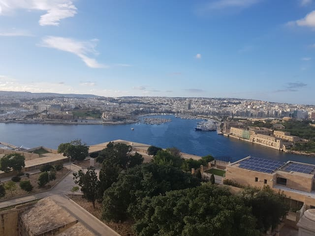 Ensuite with 360 sea views in Valletta penthouse