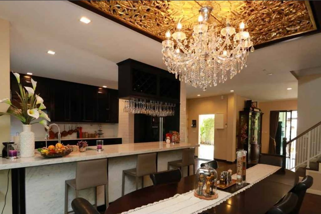 Architect designed extensive formal and informal Kitchen Dining