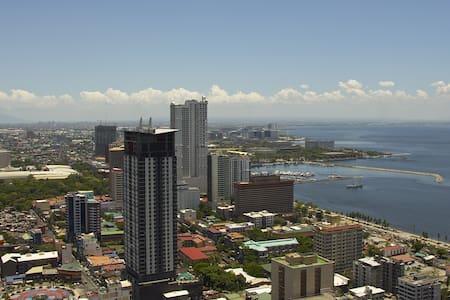 Magnificent View On Manila Bay - Manila  - Byt