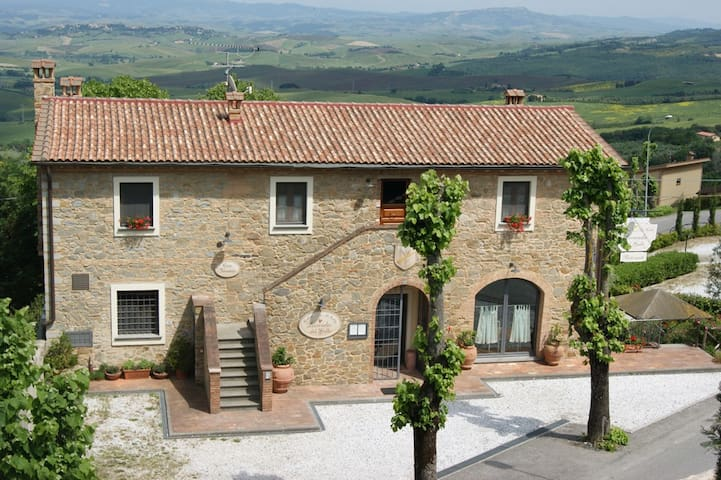 Holidayhouse 6 pers,Pisa Tuscany - Chianni - Appartement