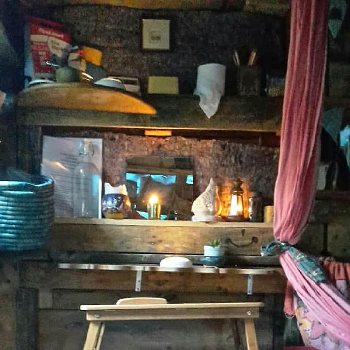 Le Pallet Chalet Off grid hut & Micro Orchard.