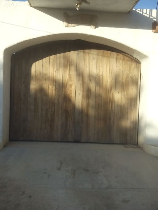 La entrada a Villa Bader