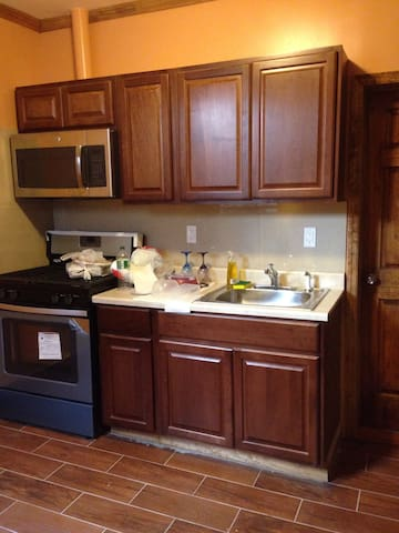 [2F] New Apt, 4 mins to subway / 20 to Manhattan - Flushing  - Casa a schiera