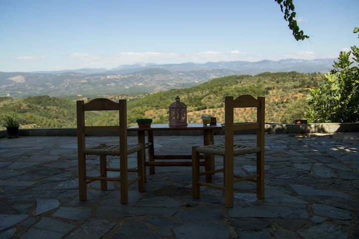 """Casa Vinifera"", a cozy Taygetus house! - Loggastra - Apartment"