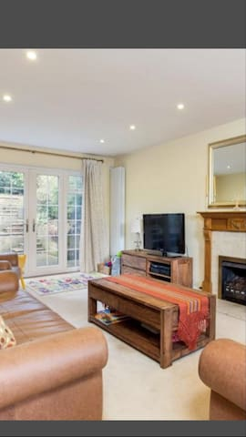 Luxury 4 bed house mins fr R'course - Ascot - Casa