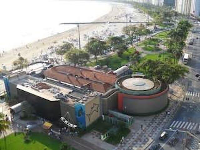 Apartamento Inteiro - frente ao Aquário de Santos