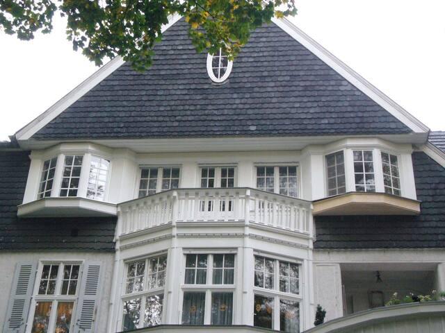 Quiet loft countryside - ideal fair accommodation