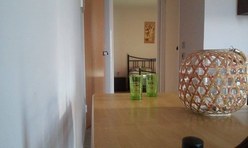 so (URL HIDDEN) blue,appartment(35m2) - Fthiotida