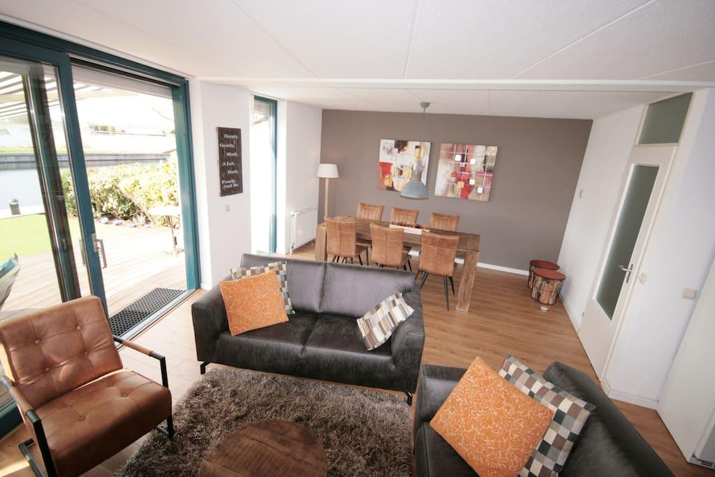 voorbeeld woonkamer - Beispiel Wohnzimmer - example livingroom