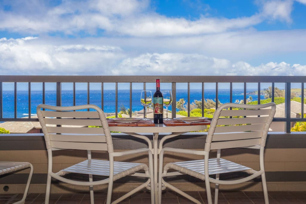Enjoy an evening cocktail on your private lanai.