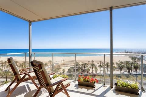 Besøg Barcelona, men .... bo på stranden !!!