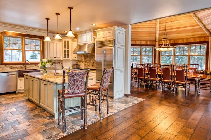HemLocke Lodge Kitchen looking into Dining Room