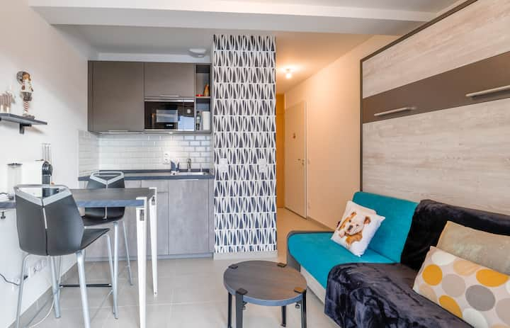 Chaparon Furnished studio
