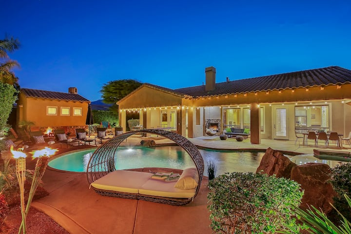 Estate Desert Getaway with Pool! Sleeps 12!