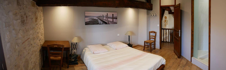 Chambre calme et rénovée à la campagne - Gaujac - Casa