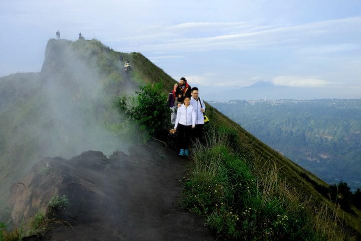 Volcano Ridge Walk