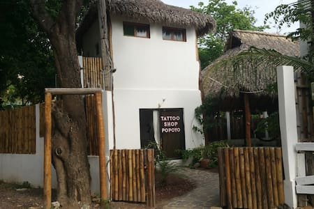 Popoyo Loco - Surf lodge