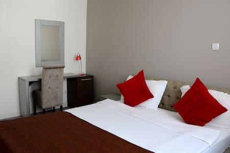 Royal Suites - Vrnjačka Banja - Appartement