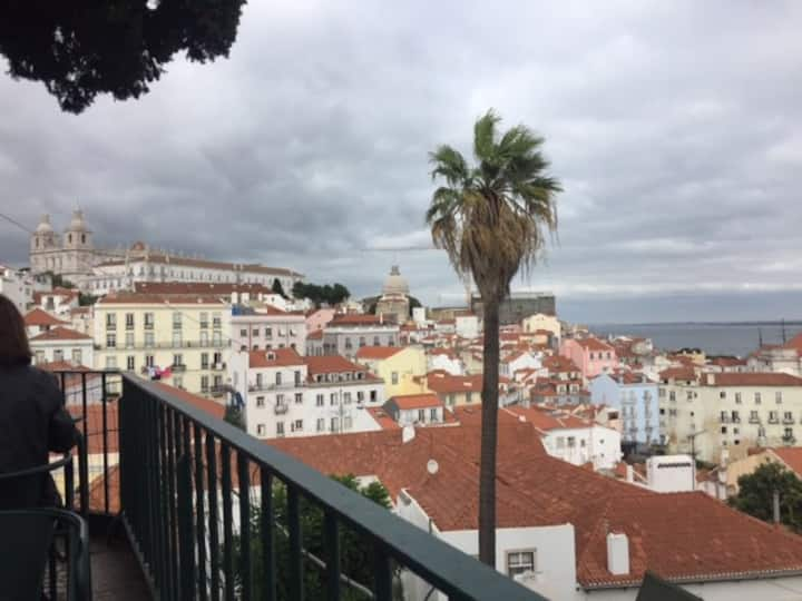 great loft in Alfama for longer stay