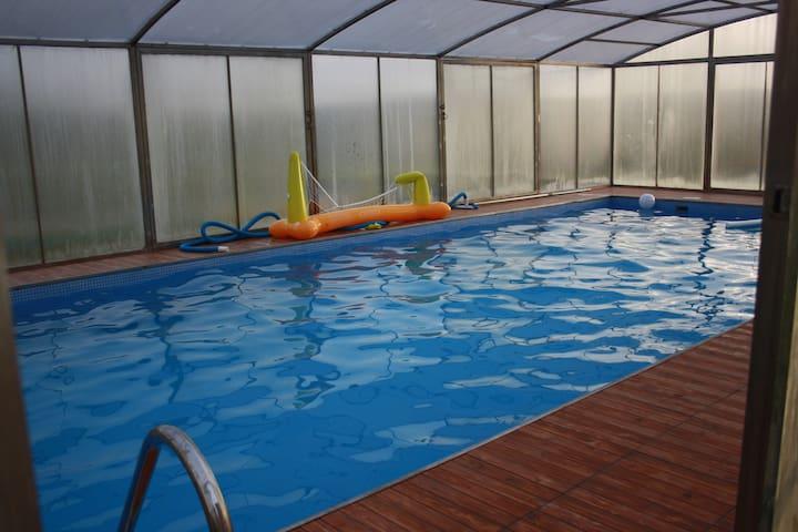 Fonte do Grelo, casa con piscina